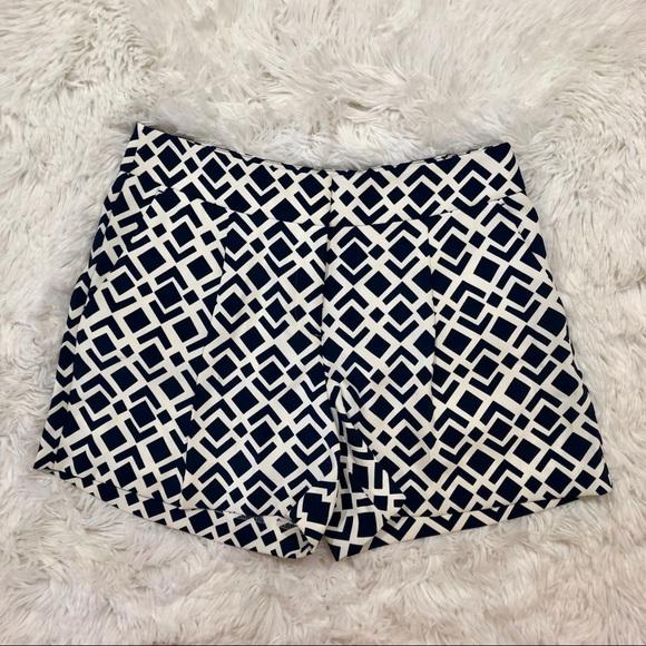 Ann Taylor Pants - Ann Taylor Size 2 Navy White Shorts